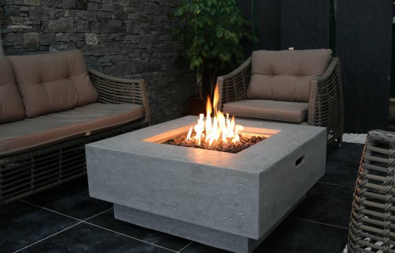 Manhattan Fire Table
